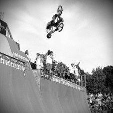 Thank you @atibaphoto for this pic of @davemirra from the 2001 Gigantic Skatepark Tour. Poetry in motion.