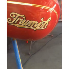 @thompsonscycles just finished adding the final coat of clear on my #bornfree8 #preunit #triumph #bobberbuild gas tank which @luckybdesign hand lettered and pinstriped as well ... Wow