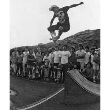 1986 - Honolulu, Hawaii - school yard skate jam in my #misfits tee ( when it had the sleeves) photo by @markoblow